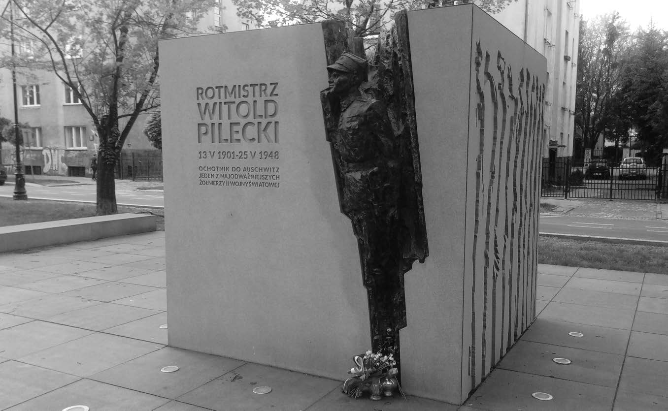 Witold Pilecki emlékműve a Lengyel Hadsereg sugárútján, Varsó Żolibórz kerületében